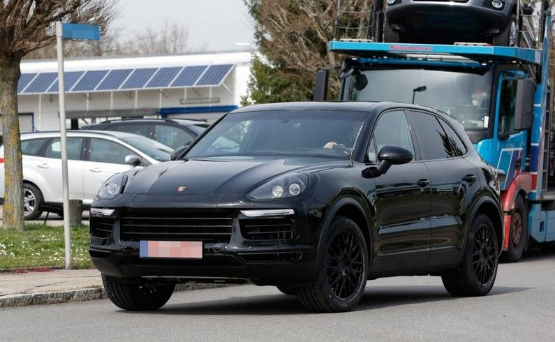 2018 Porsche Cayenne Price, Specs, Redesign, Changes @ Spy Shots